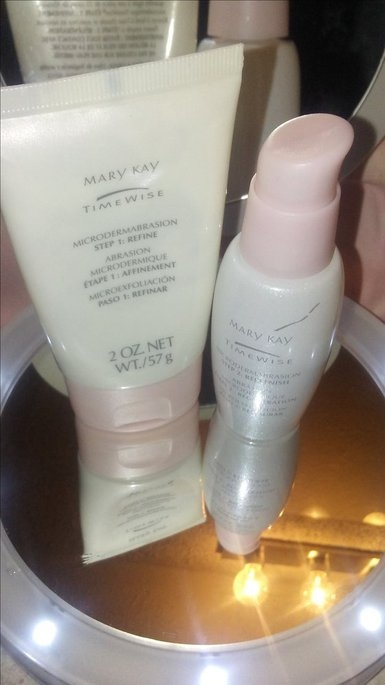 Mary Kay Timewise Microdermabrasion Set uploaded by KieLauna R.