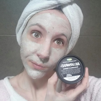 LUSH BB Seaweed Fresh Face Mask uploaded by Johana G.