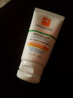 La Roche-Posay Anthelios Clear Skin Dry Touch Sunscreen SPF 60 uploaded by Jessica V.
