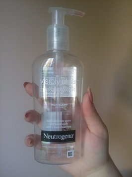 Photo of Neutrogena Oil-Free Pink Grapefruit Acne Wash Facial Cleanser uploaded by Viktorija M.
