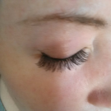 Photo of Kiss Looks So Natural Lashes Shy uploaded by Lea B.