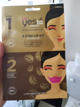 Photo of Yes To Coconut 2 Step Single Use Lip Kit Pucker Up uploaded by Meredith M.