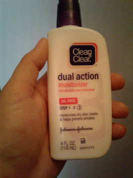 Photo of Clean & Clear® Essentials Dual Action Moisturizer uploaded by Michelle m.