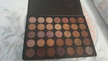 Photo of Morphe T35 Taupe Eyeshadow Pallet uploaded by Sanaah Z.