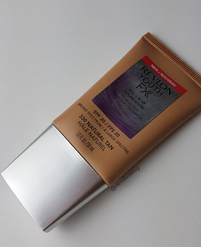 Photo of Revlon Youth Fx Fill + Blur Foundation uploaded by Madhu D.