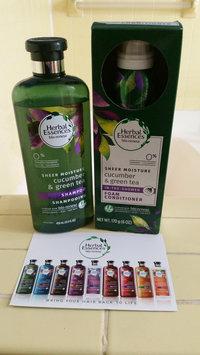 Photo of Herbal Essences Cucumber & Green Tea Foam Conditioner uploaded by Elizabeth S.