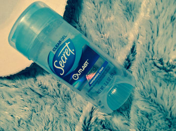 Secret® Outlast Clear Gel Completely Clean uploaded by Alexia A.