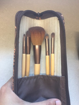Photo of Eco Tools Six Piece Day-To-Night Clutch Set uploaded by Safwat S.