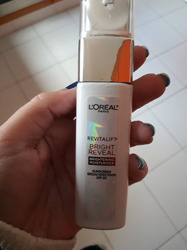 Photo of L'Oréal Paris RevitaLift® Bright Reveal Brightening Day Moisturizer SPF 30 uploaded by Dayana L.