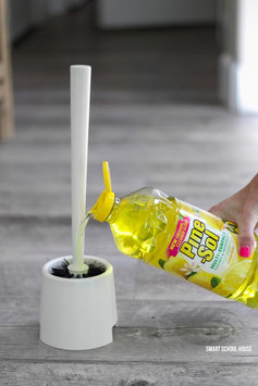 Photo of PineSol Pine Sol Lemon Fresh Cleaner 175oz uploaded by Jéssica S.