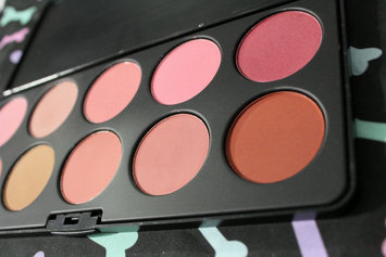 Photo of BH Cosmetics 10 Color Professional Blush Palette uploaded by Yanitza S.