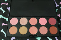 BH Cosmetics 10 Color Professional Blush Palette uploaded by Yanitza S.