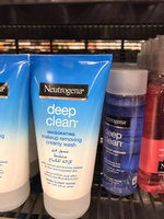 Neutrogena® Deep Clean Eye & Lip Oil-Free Makeup Remover uploaded by pink g.
