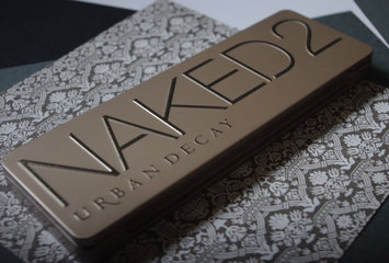 Urban Decay Naked2 (Naked 2) Palette (Just The Palette, no mini lipgloss included) uploaded by Coli K.