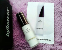 Hourglass Veil Mineral Primer SPF 15 uploaded by Marie S.