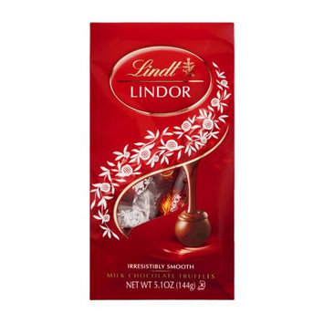 Lindt Lindor Milk Chocolate Truffles uploaded by Vrunda P.