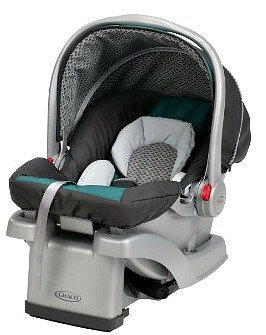 Photo of Graco SnugRide Click Connect 30 LX Infant Car Seat in Sapphire uploaded by Kim M.