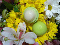 eos® Organic Smooth Sphere Lip Balm uploaded by Christina K.