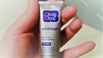 Photo of Johnson & Johnson Clean and Clear Persa-Gel uploaded by Elaine E.