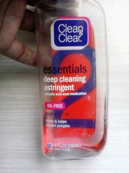 Photo of Clean & Clear® Essentials Deep Cleaning Astringent uploaded by Lanae B.