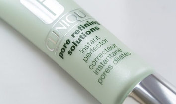 Photo of Clinique Pore Refining Solutions Instant Perfector Invisible Light uploaded by Jamie S.