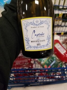 Cupcake Angel Food Cake Wine Review
