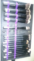 SHANY Artisan's Easel - Standing Brush Storage with 18 Professional Brushes uploaded by LEAR36130 Kenia I.