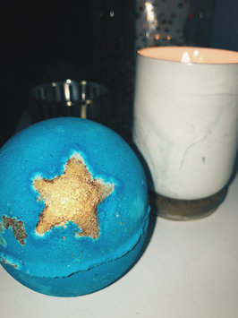 Photo of LUSH Shoot For The Stars Bath Bomb uploaded by Nina L.