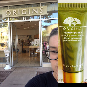 Photo of Origins Plantscription Anti-Aging Serum uploaded by Wendy C.