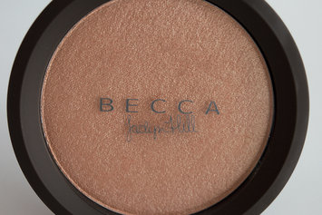 Photo of BECCA Shimmering Skin Perfector® Pressed Highlighter uploaded by Yasmin J.