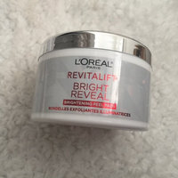 L'Oréal Paris RevitaLift® Bright Reveal Brightening Daily Peel Pads uploaded by Eda M.