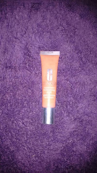 Clinique Superbalm Moisturizing Gloss uploaded by Ana Z.