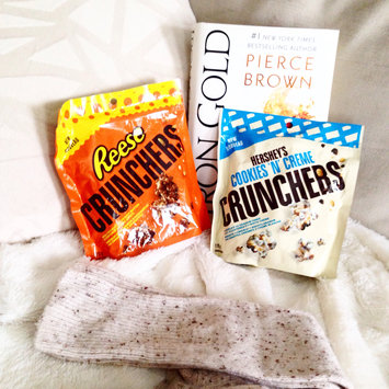 Photo of Hershey's Cookies 'n' Creme Crunchers uploaded by Amna P.