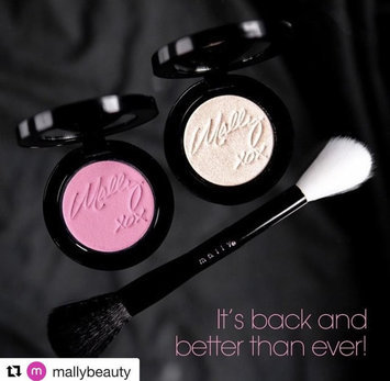 Photo of Mally Beauty Effortless Airbrush Highlighter & Blush Duo uploaded by Ronald W.