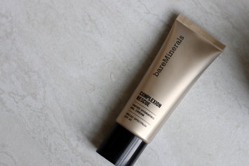 Bare Escentuals bare Minerals Complexion Rescue Tinted Hydrating Gel Cream uploaded by Amiirah N.