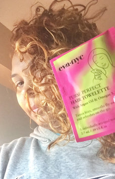 Eva NYC Purse Perfect Hair Towelettes uploaded by Milpa M.