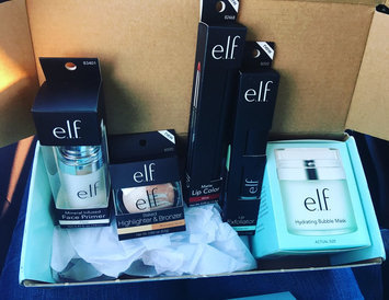 Photo of e.l.f. Cosmetics Eyeshadow Book uploaded by Teresa R.