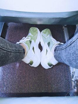 Photo of Nike Air Huarache 'Triple White' uploaded by khaoula b.