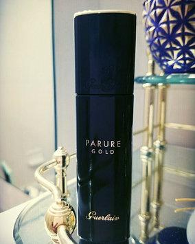 Photo of Guerlain Parure Gold Fluid Radiance Foundation uploaded by Backstory B.