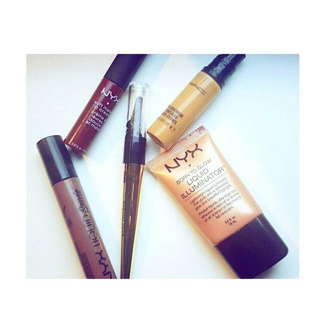 NYX Cosmetics Born to Glow Liquid Illuminator uploaded by Marcia G.