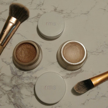 Photo of RMS Beauty Magic Luminizer uploaded by Mika M.