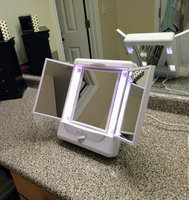 Conair Illumina Two Sided Lighted Make-Up Mirror uploaded by Stephanie B.