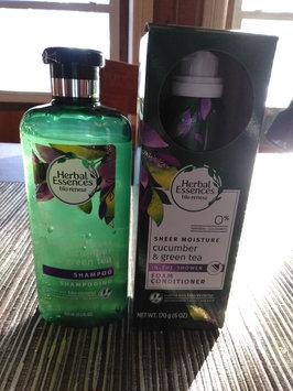 Photo of Herbal Essences Cucumber & Green Tea Foam Conditioner uploaded by Rhonda R.
