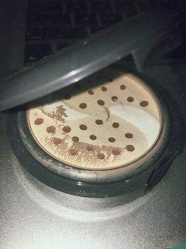 Photo of Almay Smart Shade Balance Pressed Powder Light uploaded by Lauren B.