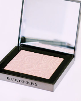 BURBERRY Fresh Glow Highlighter uploaded by Katie V.