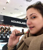 Hourglass GIRL Lip Stylo uploaded by Veronica M.