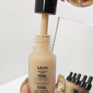 Nyx Foundation Light/pastel .43 floz, White uploaded by Angelina O.