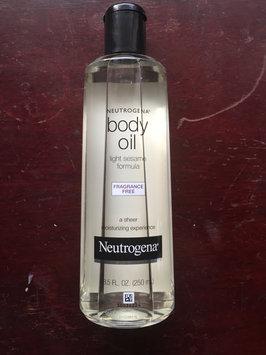 Photo of Neutrogena® Body Oil uploaded by Maria N.