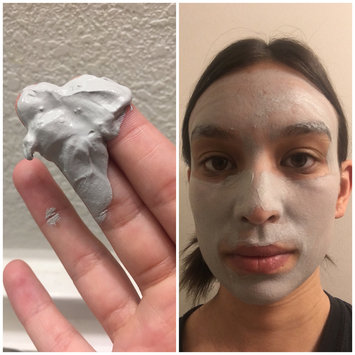 Photo of innisfree Super Volcanic Pore Clay Mask uploaded by Catrice F.