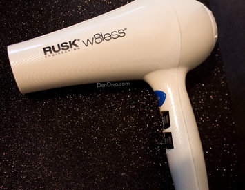 Photo of Rusk W8less Professional Lightweight Ceramic Tourmaline Hair Dryer, 2000 Watt uploaded by Madhu D.
